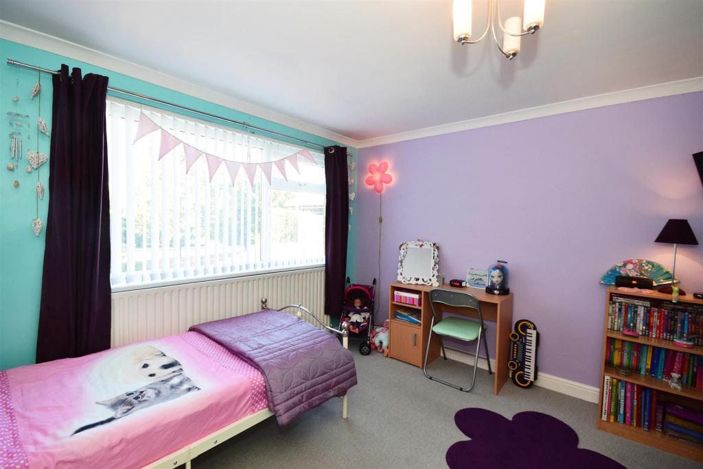 Bedroom 2 (rear faci