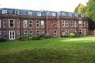 2 bed Ground Flat in Old Windsor
