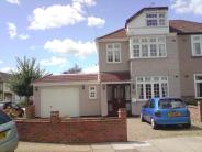 5 bedroom End of Terrace house in Amery Gardens...