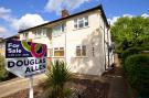 2 bed Maisonette for sale in Calne Avenue...