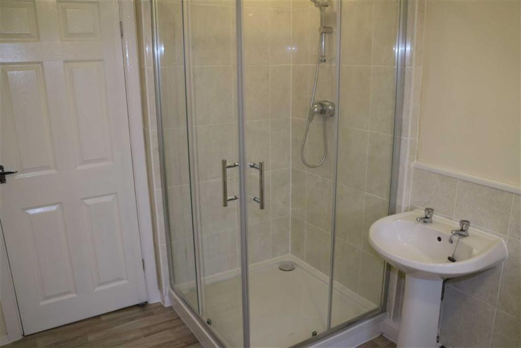 DELUX BATHROOM/WC