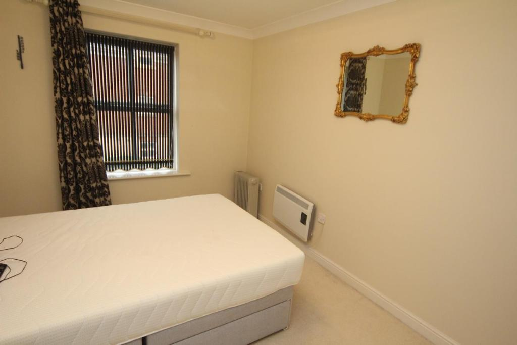 2 Bedroom Apartment For Sale In Appleby House Priory Walk Hinckley Le10