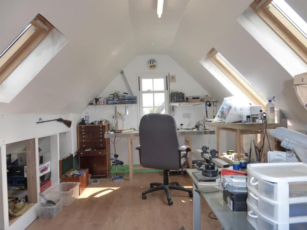 Workshop in Garage w