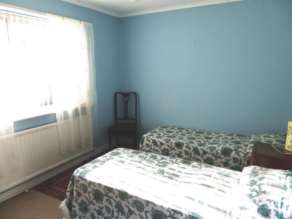 Bedroom two.JPG