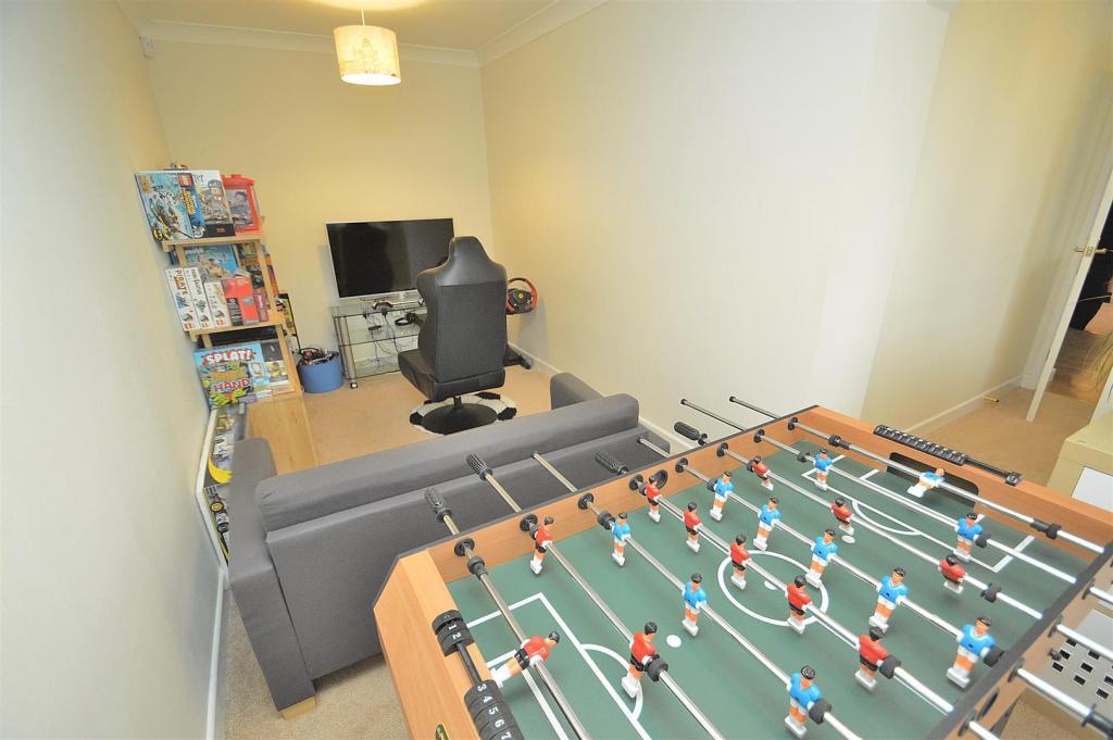 Sitting/Play Room
