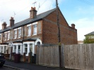 Thames Avenue Terraced property to rent