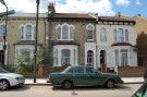 2 bed Flat to rent in Park Ridings, London, N8