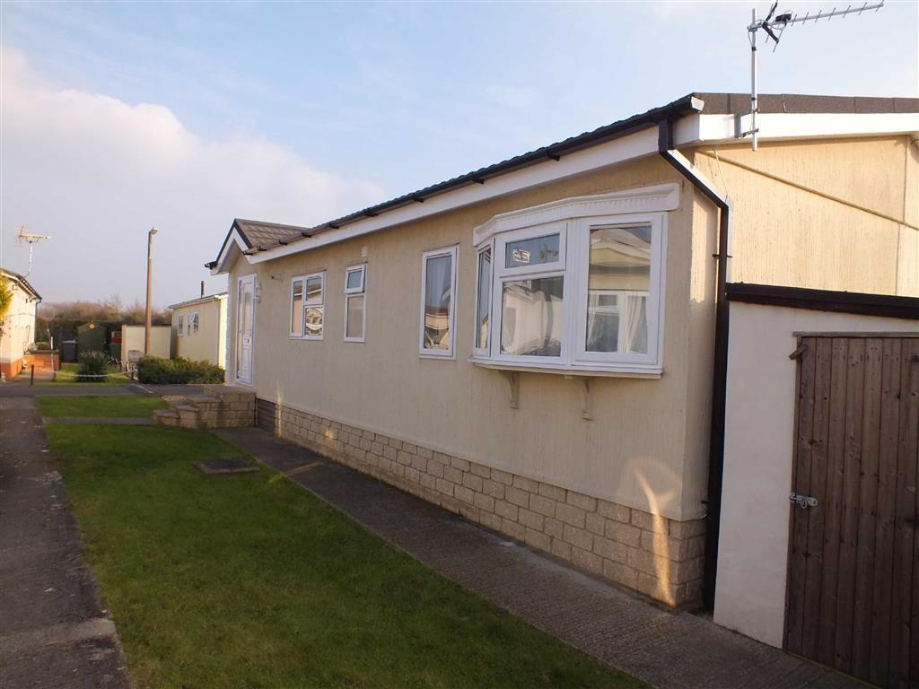 2 Bedroom Park Home To Rent In Mobile Home Park Melksham