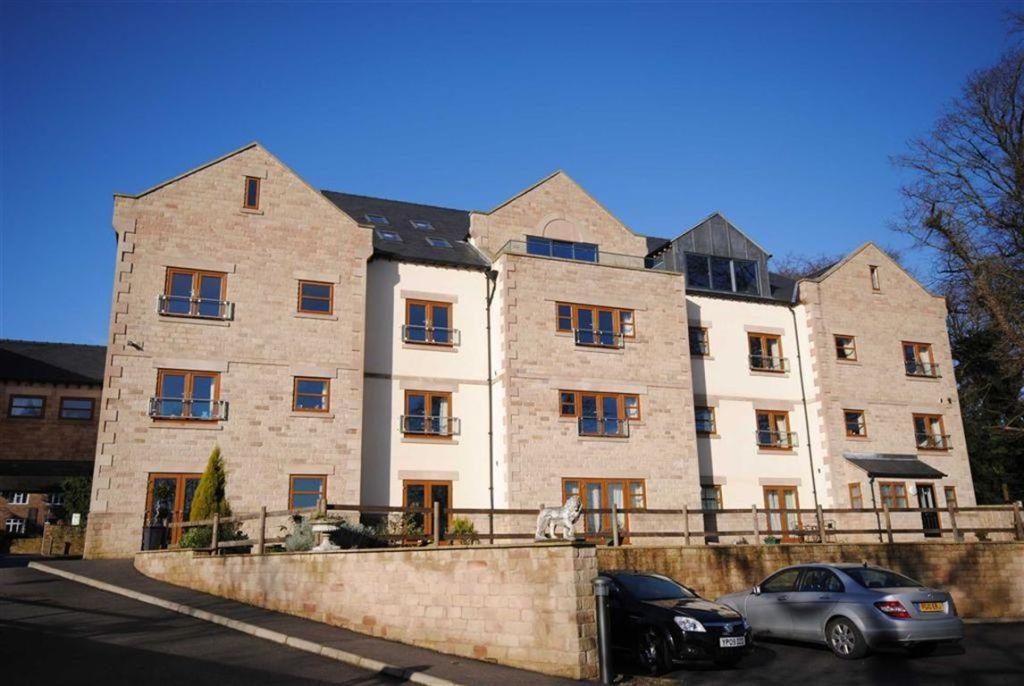 2 Bedroom Apartment For Sale In Belmont Park Apt 10 Holymoor Road Holymoorside Chesterfield