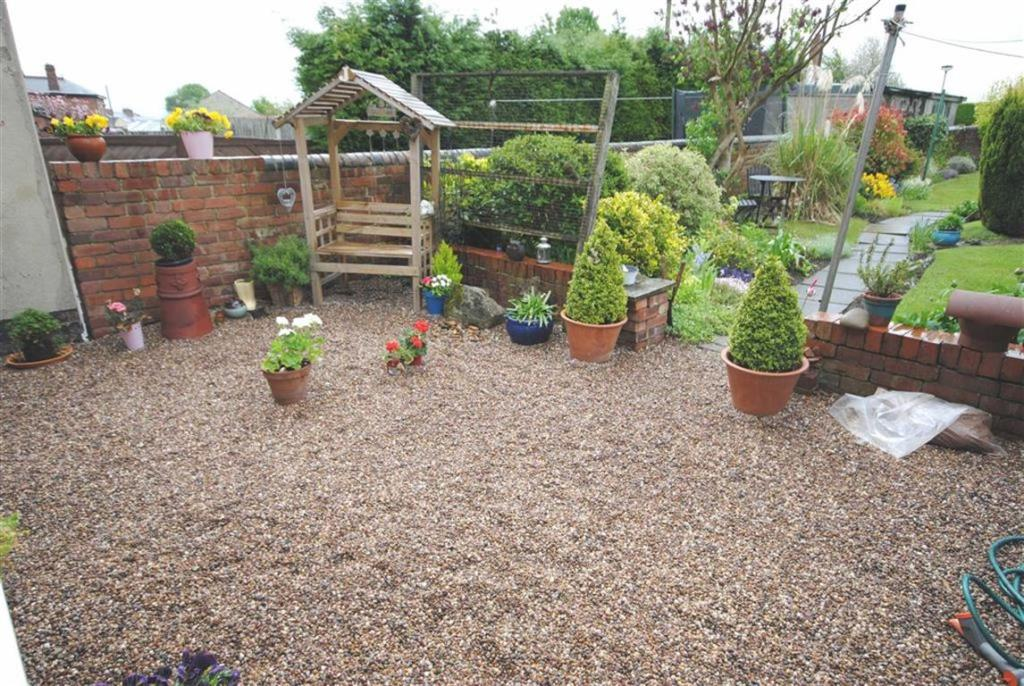 PEBBLED AREA TO THE