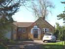 Hammonds Lane Detached Bungalow to rent