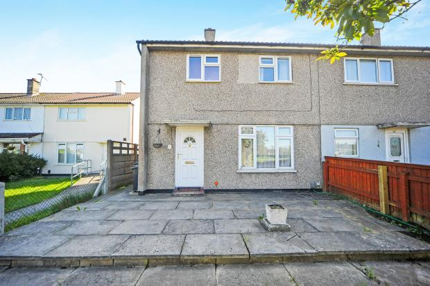 3 Bedroom End Of Terrace House For Sale In Queens Drive Swindon Sn3