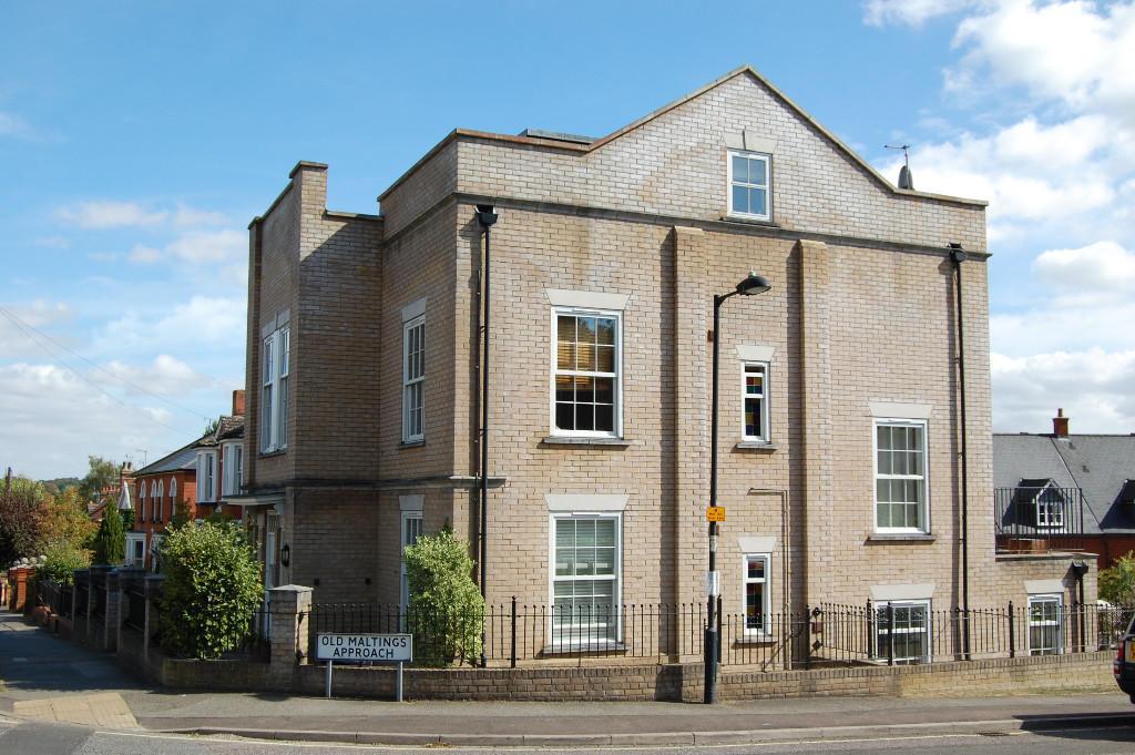 2 Bedroom Apartment For Sale In Melton Hill Woodbridge Suffolk Ip12 Ip12