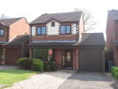 3 bed Detached house in Pinewood Avenue...