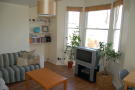 Flat to rent in Kimberley Road, Clapham...