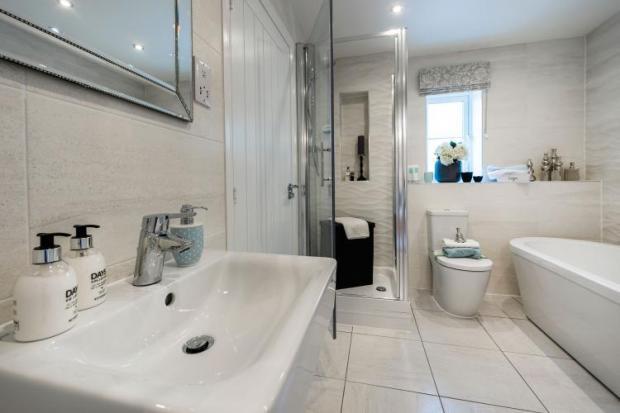 plot 17 bathroom.jpg