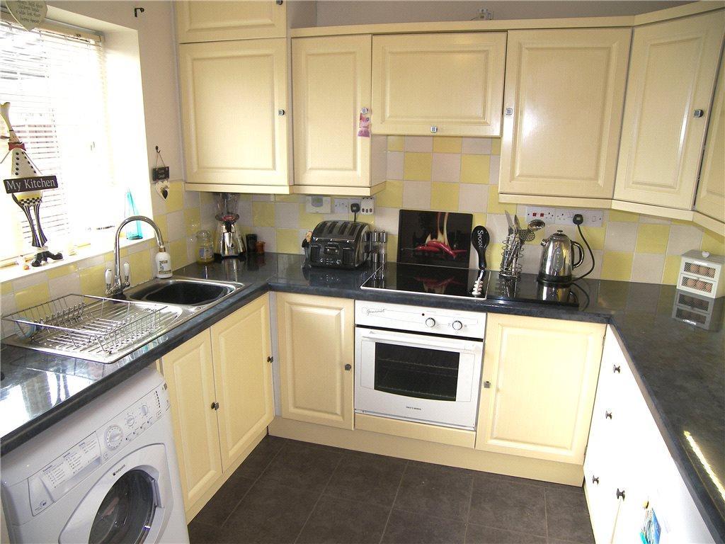 3 Bedroom Semi Detached House For Sale In Kingswood Avenue Belper De56