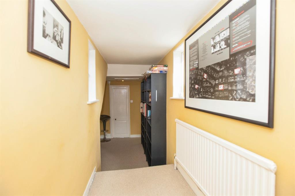Hallway 2 2016.jpg