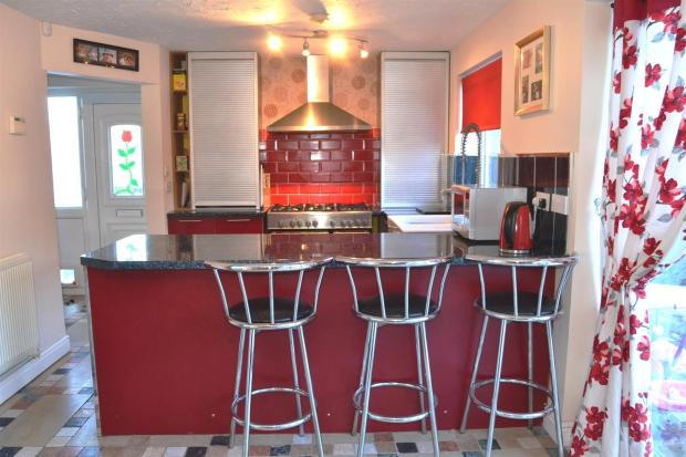 LIVING /DINING KITCH