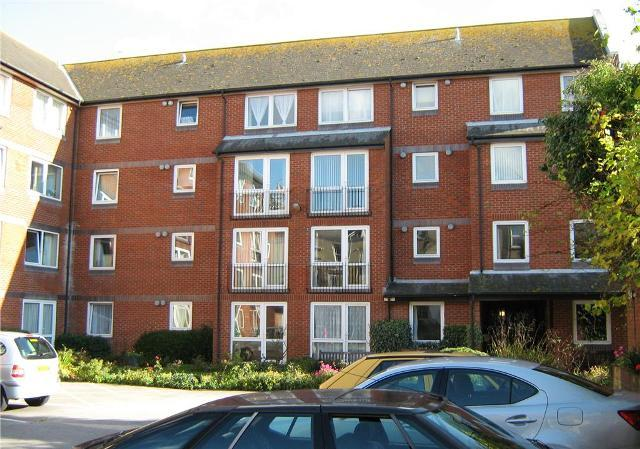 1 bedroom apartment to rent in danny sheldon house for Room to rent brighton