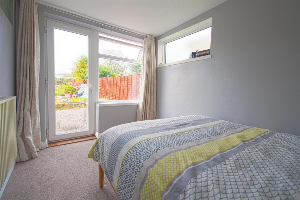 Mastre bedroom.jpg