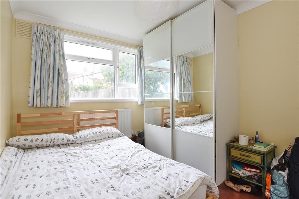Bedroom (1)c