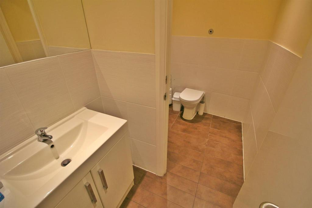 Cloakroom two.jpg