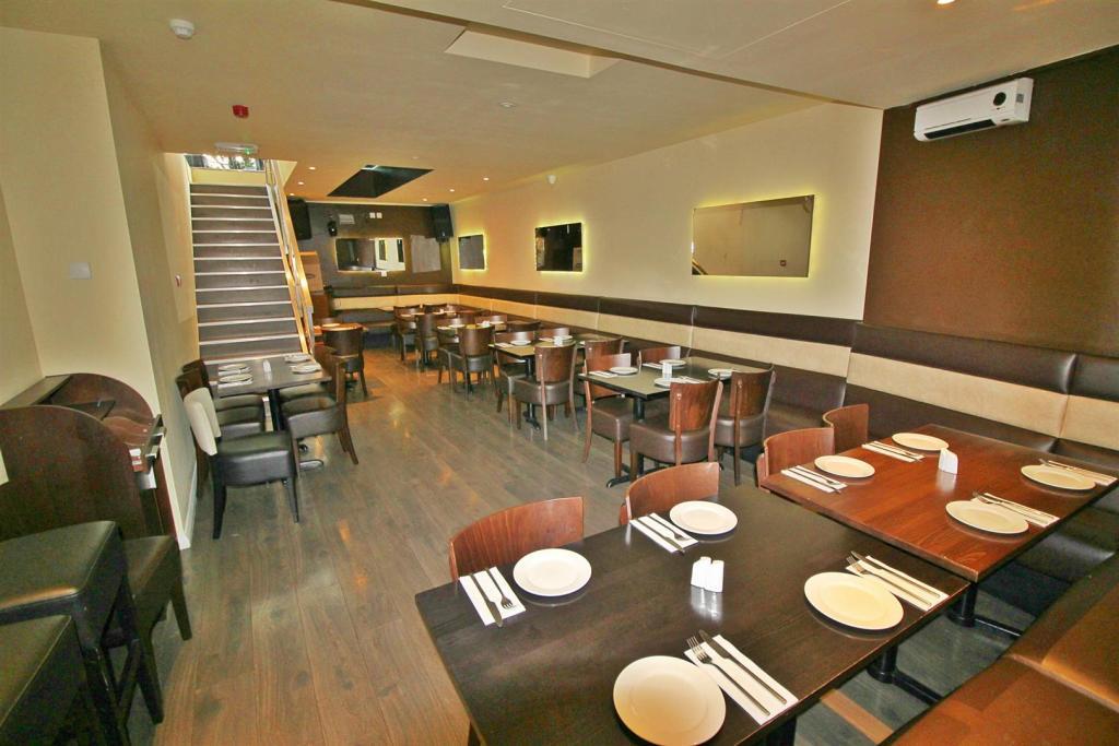 Restaurant one.jpg