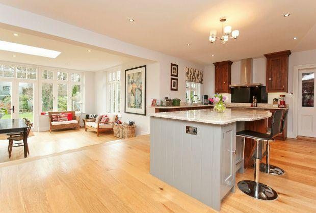 7 bedroom detached house for sale in harewood road for Orangery kitchen