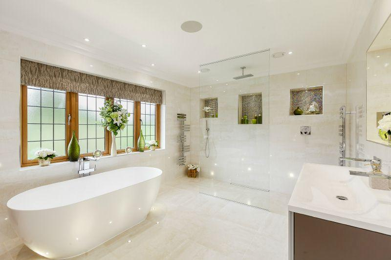 6 Bedroom Detached House For Sale In Doggetts Wood Lane