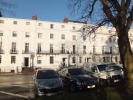 Clarendon Square Apartment to rent