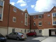 2 bed Flat to rent in Auriga Court...
