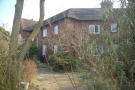 3 bedroom End of Terrace property to rent in Appleyards Lane...