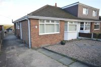 Semi-Detached Bungalow to rent in Birch Avenue, Standish...