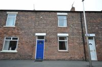 2 bed Terraced house to rent in Stirling Street, Swinley...
