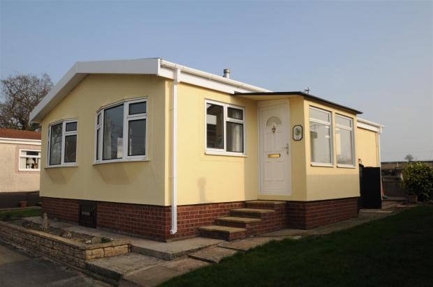 2 bedroom park home for sale in cheshire park homes