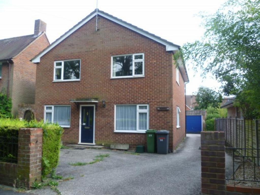 2 bedroom house to rent in darlington road basingstoke. Black Bedroom Furniture Sets. Home Design Ideas