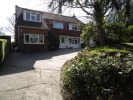 4 bedroom Detached house for sale in Horsham Road, Southgate...