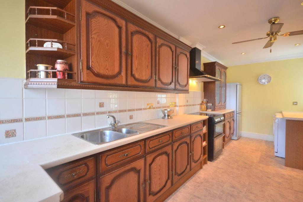 Kitchen (3)