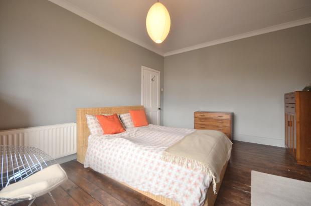 Master Bedroom(2)