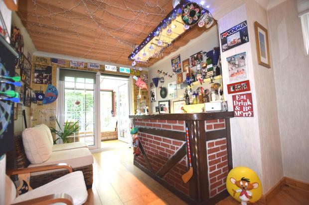 Bar/Social Area