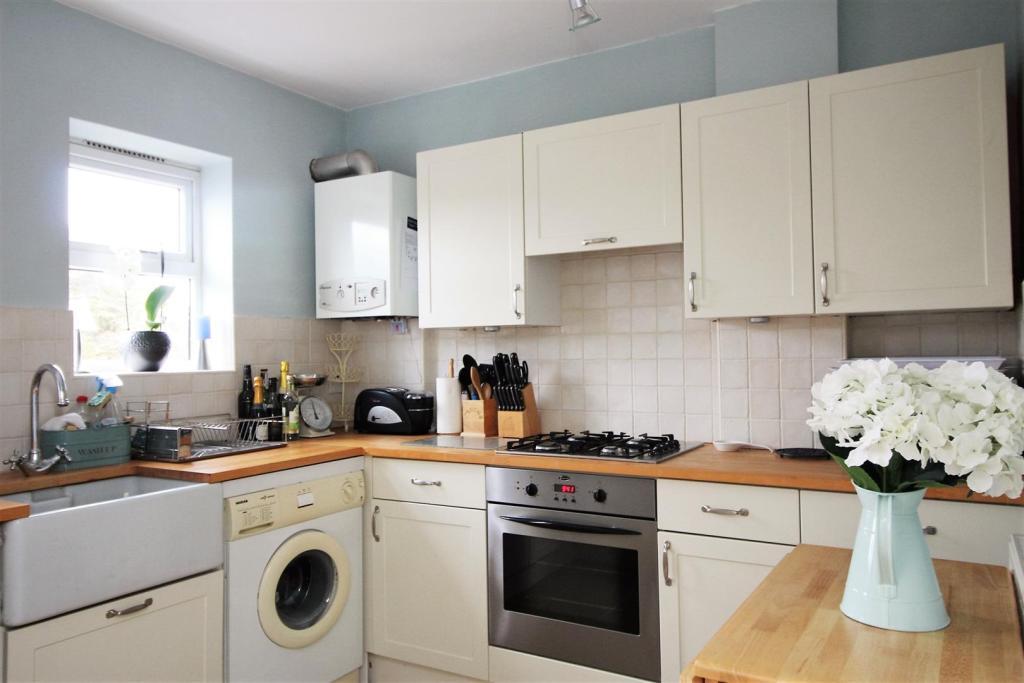 kitchen 158 .jpg
