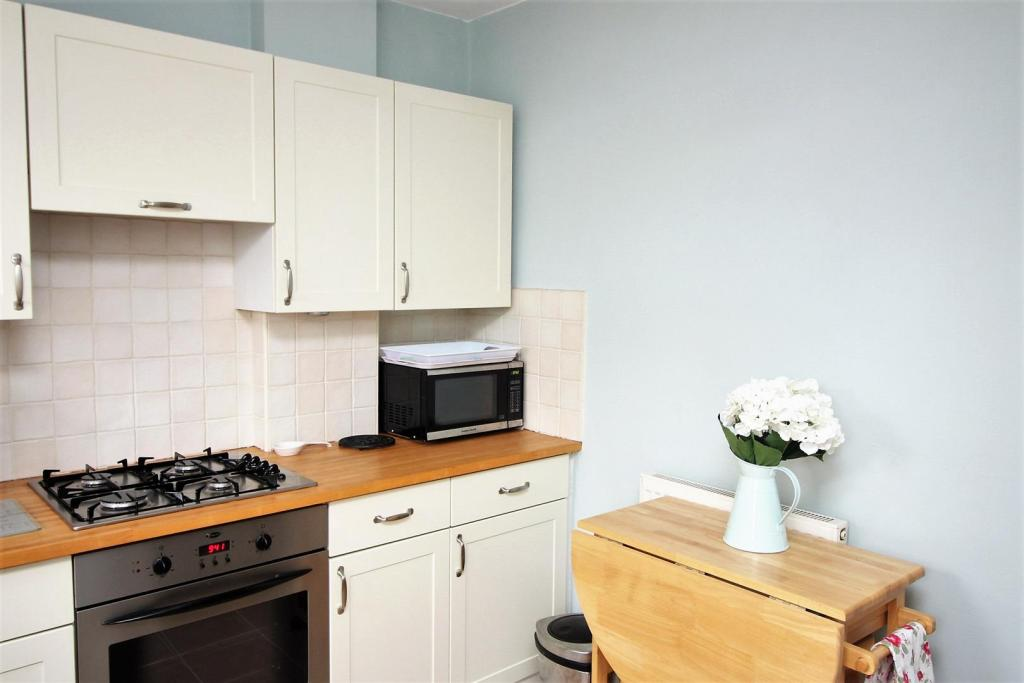 kitchen2 158.jpg