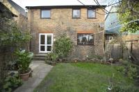 3 bed Detached property in Leydon Close...
