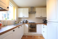 semi detached house to rent in Pottle Close, Botley