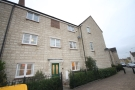 Town House to rent in Harvest Way