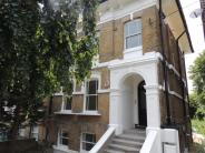 Apartment to rent in Outram Road, Croydon...