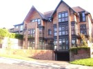 Apartment to rent in Park Hill Road, Croydon...