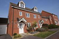 Town House for sale in Percival Close...
