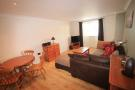 Flat to rent in Amelia Close, Acton